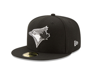 Toronto Blue Jays Team Twisted Fitted Cap by New Era