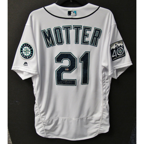 Photo of Mariners Care Hurricane Irma Relief - Taylor Motter Game-Used and Autographed Marineros Jersey 9-9-2017 Size 46