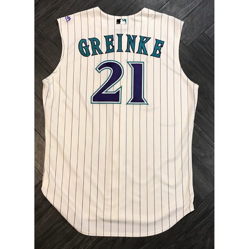 Photo of Zack Greinke - 11 Strikeouts, 8 Innings Pitched, 1 Earned Run, Game-Used Jersey - 5/11/17