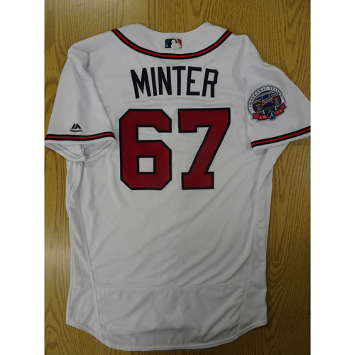 Photo of A.J. Minter Game-Used Los Bravos Jersey - Worn 9/17/17 at SunTrust Park