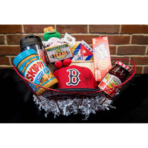 Photo of Red Sox Wives' Hurricane Harvey Basket Auction: Roenis Elias Basket