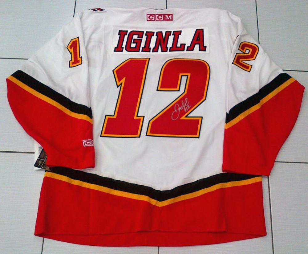 JAROME IGINLA Autographed Calgary Flames CCM Hockey Jersey