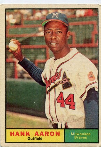 Photo of 1961 Topps #415 Hank Aaron -- Braves Hall of Famer