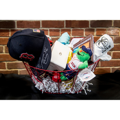 Photo of Red Sox Wives' Hurricane Harvey Basket Auction: Joe Kelly Basket
