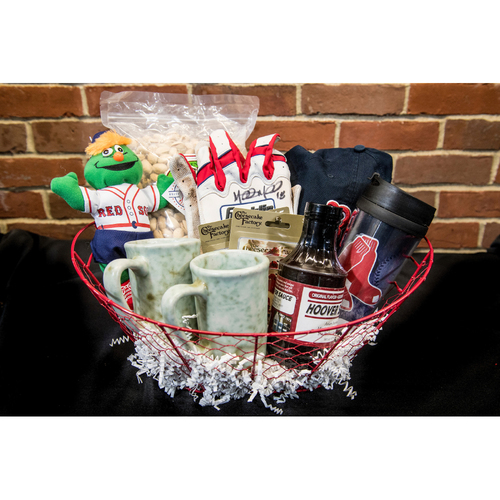 Photo of Red Sox Wives' Hurricane Harvey Basket Auction: Mitch Moreland Basket