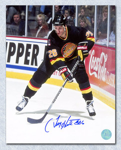 Tim Hunter Vancouver Canucks Autographed 8x10 Photo