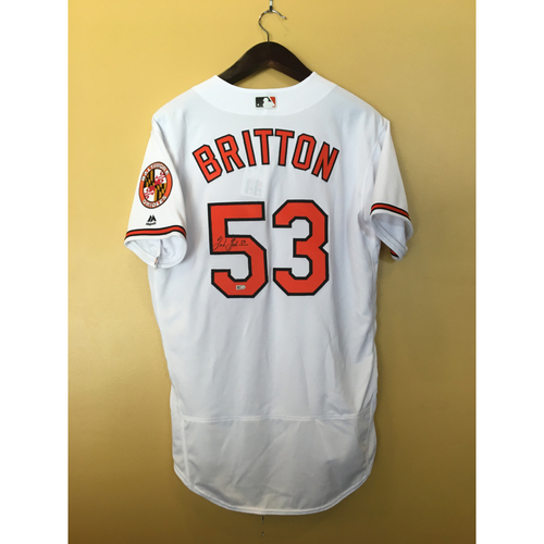 Photo of Zach Britton - Jersey: Autographed