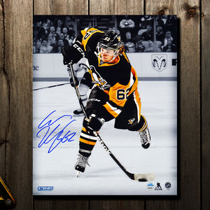 Carl Hagelin Pittsburgh Penguins SLAPSHOT Autographed 8x10