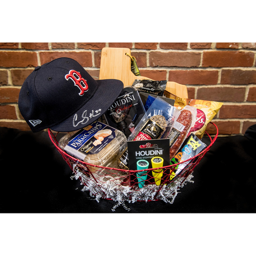 Photo of Red Sox Wives' Hurricane Harvey Basket Auction: Carson Smith Basket