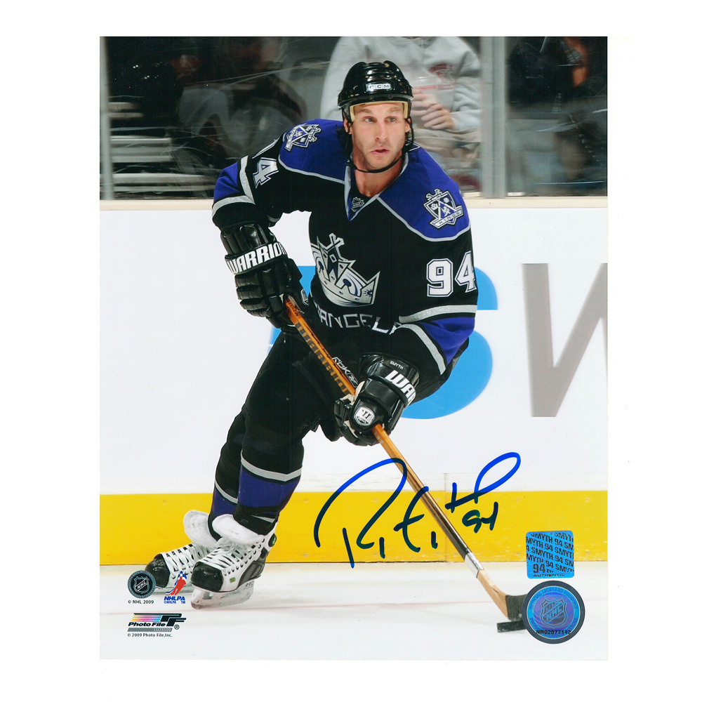 RYAN SMYTH Signed Los Angeles Kings 8 X 10 Photo - 70469