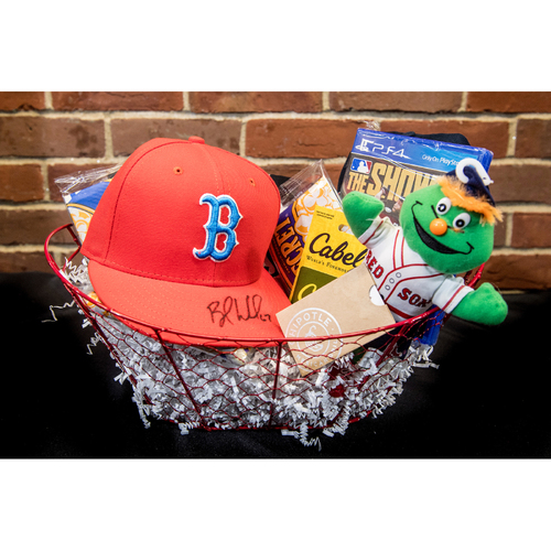 Photo of Red Sox Wives' Hurricane Harvey Basket Auction: Brandon Workman Basket