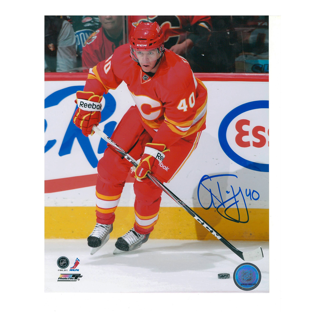 ALEX TANGUAY Signed Calgary Flames 8 X 10 Photo - 70478