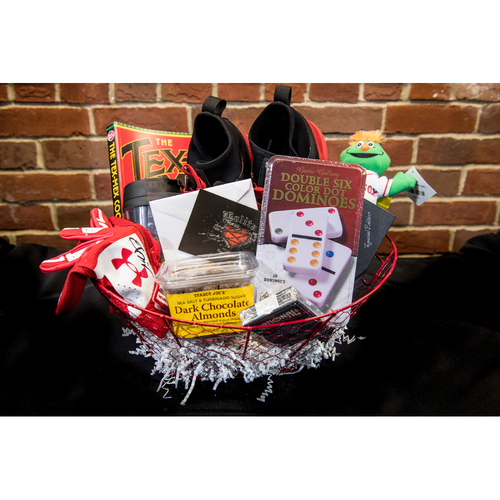 Photo of Red Sox Wives' Hurricane Harvey Basket Auction: Chris Young Basket