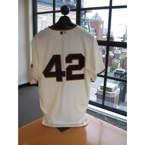 Photo of San Francisco Giants - Game Used - Jackie Robinson Day #42 Jersey - Madison Bumgarner