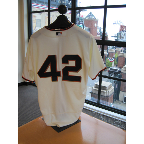 Photo of San Francisco Giants - Game Used - Jackie Robinson Day #42 Jersey - Brandon Crawford