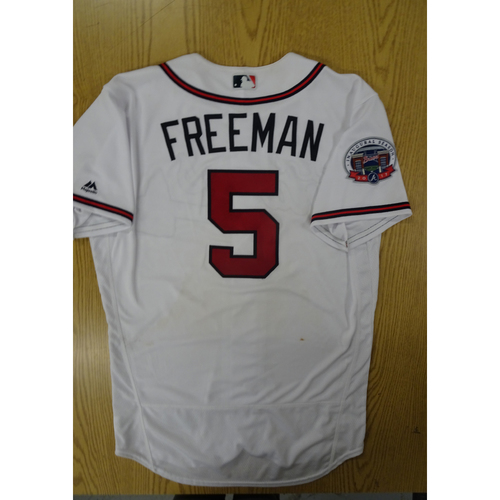 Photo of Freddie Freeman Game-Used Los Bravos Jersey - Worn 9/17/17 at SunTrust Park