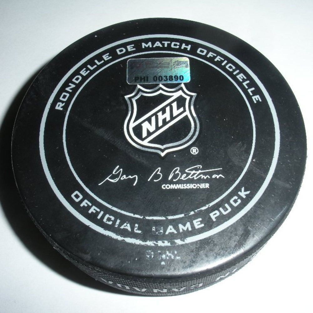 Zdeno Chara - Boston Bruins - Goal Puck - January 25, 2014 (Flyers Logo)