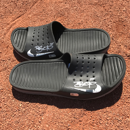 Photo of San Francisco Giants - Player Collected and Autographed Shower Slippers - Brandon Crawford