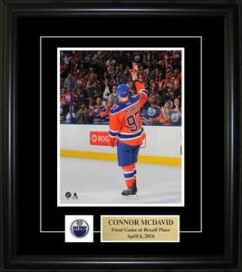 Connor McDavid - Framed 8x10 Pin & Plate - Edmonton Oilers Final Game at Rexall Place