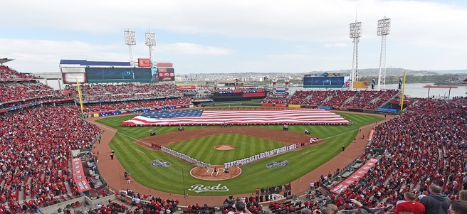 CINCINNATI REDS GAME: 9/10 REDS VS. LOS ANGELES (4 CHAMPIONS CLUB TICKETS)