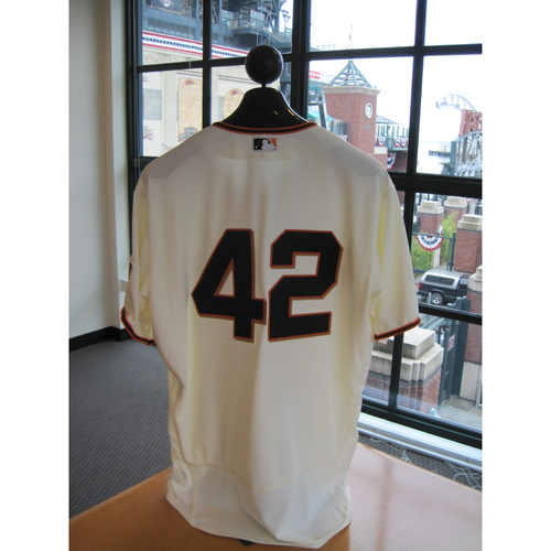 Photo of San Francisco Giants - Game Used - Jackie Robinson Day #42 Jersey - Matt Cain