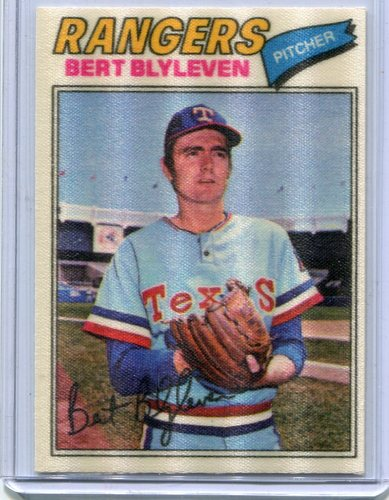 Photo of 1977 Topps Cloth Stickers #5 Bert Blyleven
