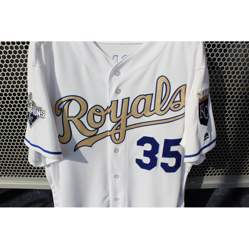 Photo of Eric Hosmer Game-Used Gold Jersey (Size 48) (4/5/16)