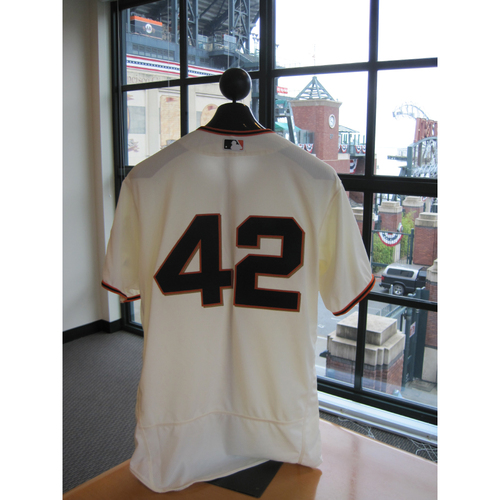 Photo of San Francisco Giants - Game Used - Jackie Robinson Day #42 Jersey - Derek Law