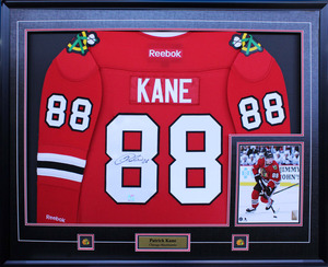 Patrick Kane - Signed & Framed Chicago Blackhawks Red Jersey Featuring 8x10