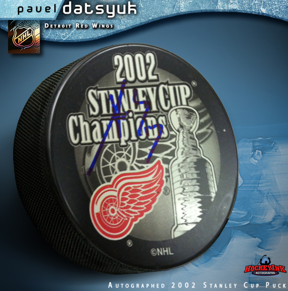 PAVEL DATSYUK Signed 2002 Stanley Cup Champions Puck- Detroit Red Wings
