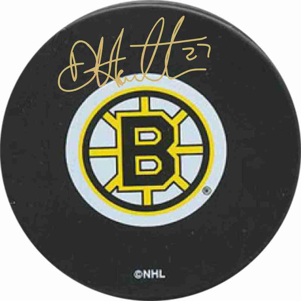 Dougie Hamilton - Signed Boston Bruins Puck