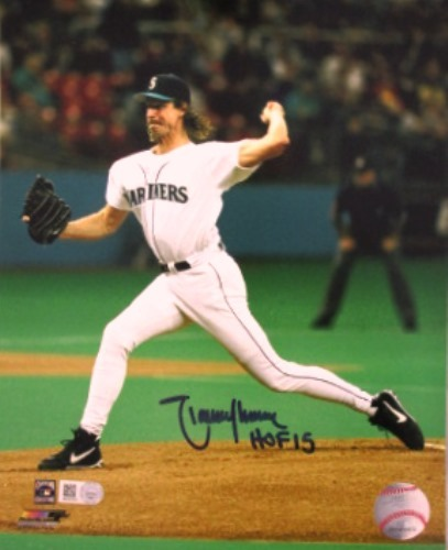 "Photo of Randy Johnson ""HOF 15"" Autographed 8x10"