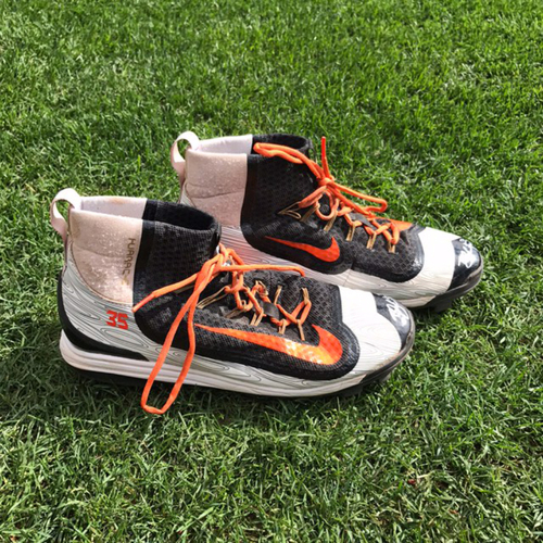 Photo of San Francisco Giants - Autographed Cleats (pair) - Brandon Crawford