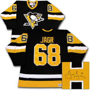 Jaromir Jagr Autographed Pittsburgh Penguins Jersey
