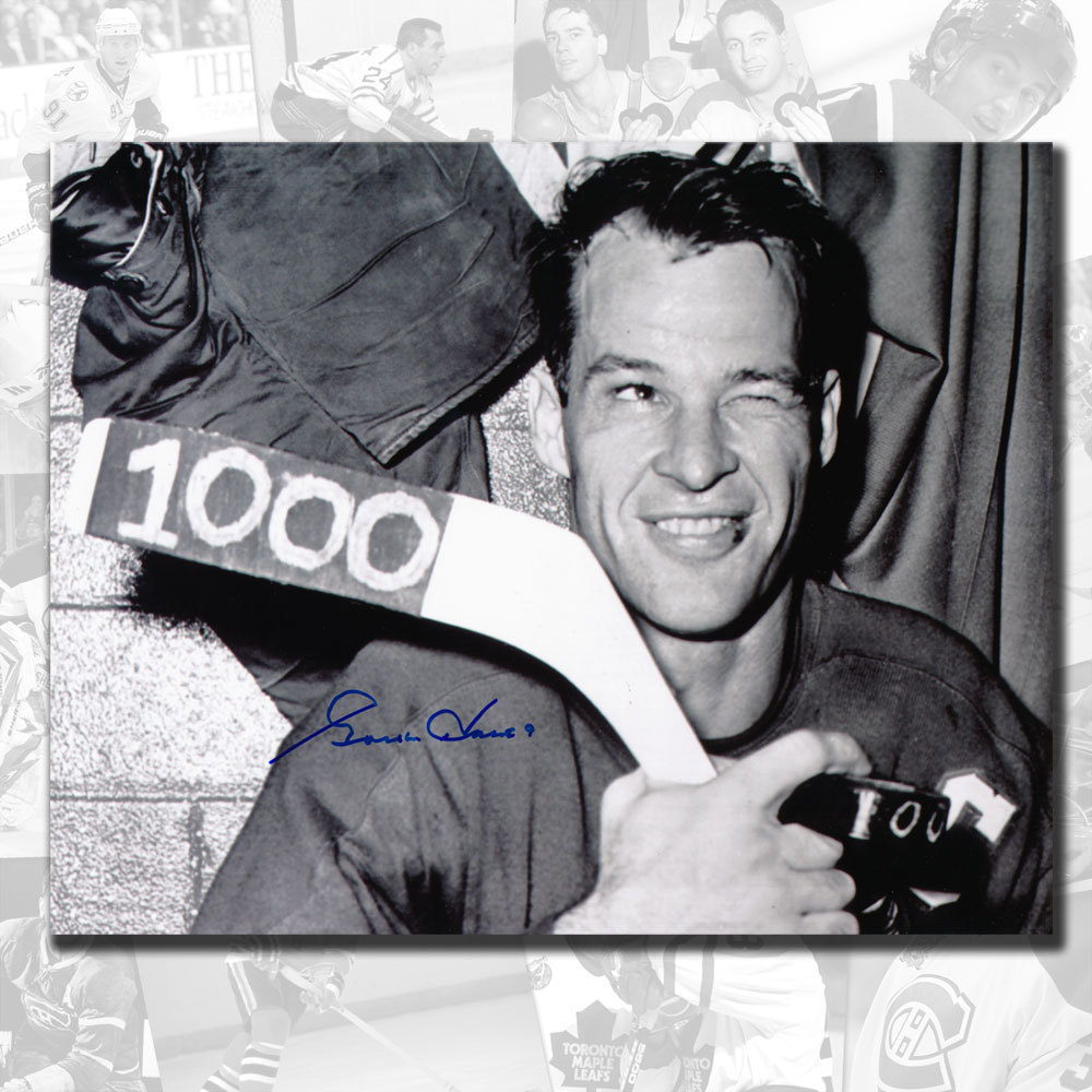 Gordie Howe Detroit Red Wings 1000 Points Autographed 8x10