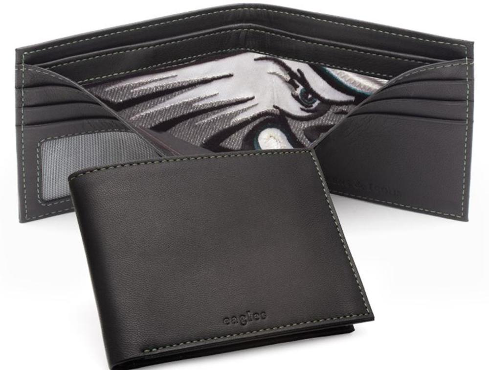 Tokens & Icons Philadelphia Eagles Game Used Jersey Wallet