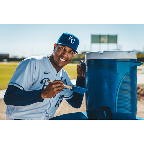 Photo of Salvador Perez Paint It Blue Package