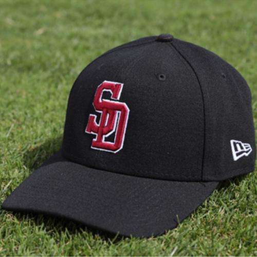 Photo of San Francisco Giants - 2018 Game Used Cap - Derek Law - Stoneman Douglas Adjustable Cap - Charity Auction