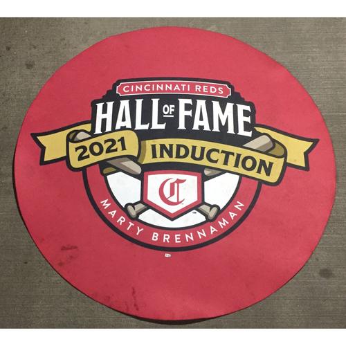 Photo of 2021 Cincinnati Reds Hall of Fame Legends Game Red On Deck Circle - Team Larkin