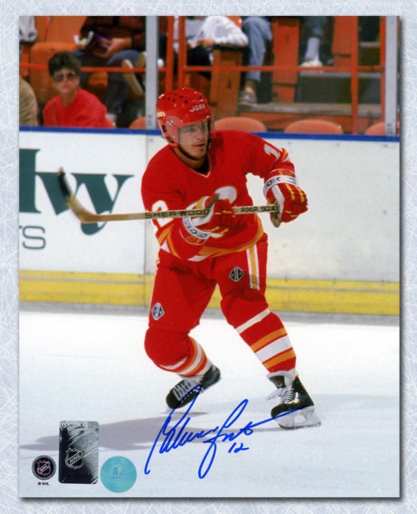 Hakan Loob Calgary Flames Autographed Hockey Action 8x10 Photo