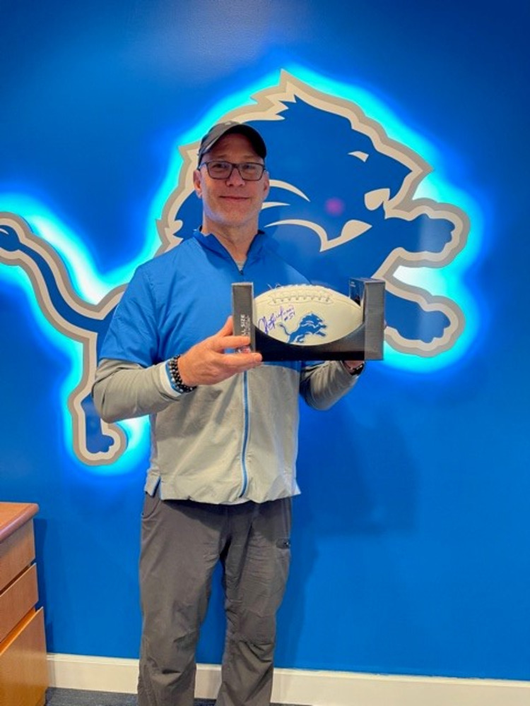 LIONS - CHRIS SPIELMAN SIGNED FOOTBALL AND 30 MINUTE VIDEOCHAT