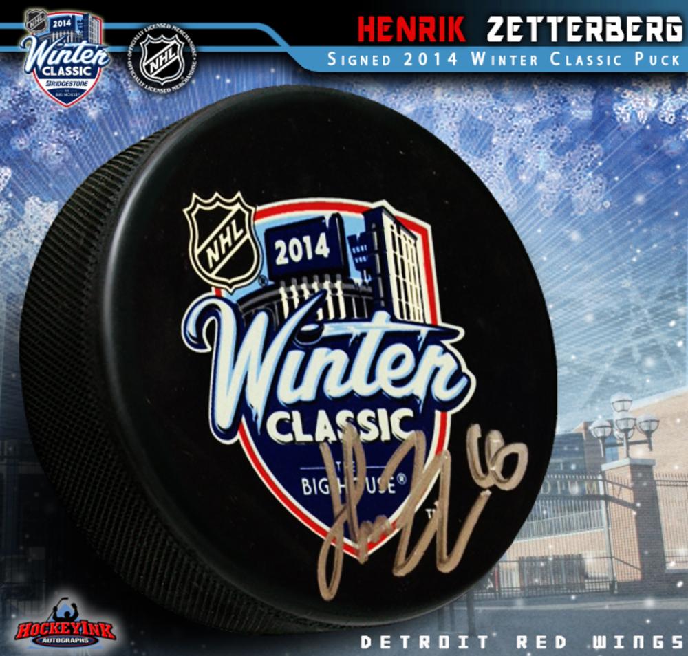 HENRIK ZETTERBERG Signed 2014 NHL WINTER CLASSIC Souvenir Puck