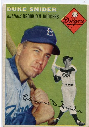 Photo of 1954 Topps #32 Duke Snider -- Hall of Famer