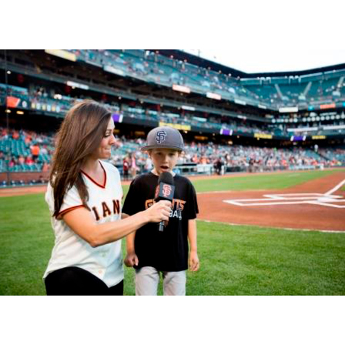 Photo of Giants Wives Auction: 8/10/2018 Giants Play Ball Kid Experience