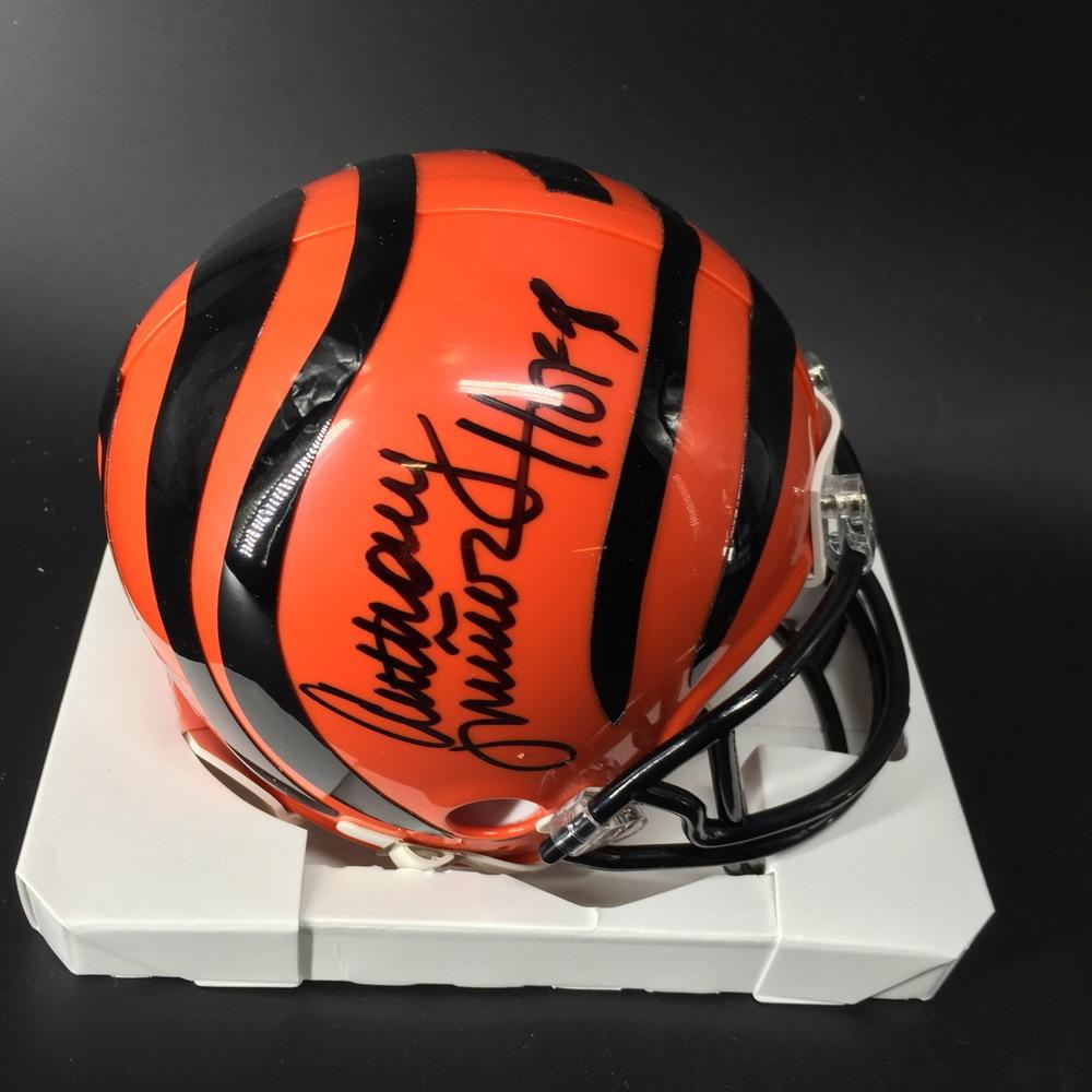 HOF - Bengals Anthony Munoz Signed Mini Helmet
