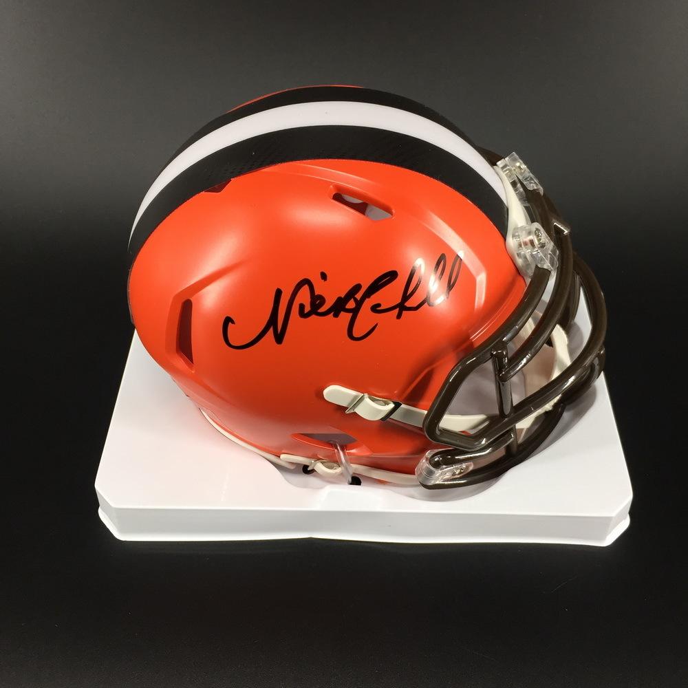 NFL - Browns Nick Chubb Signed Mini Helmet