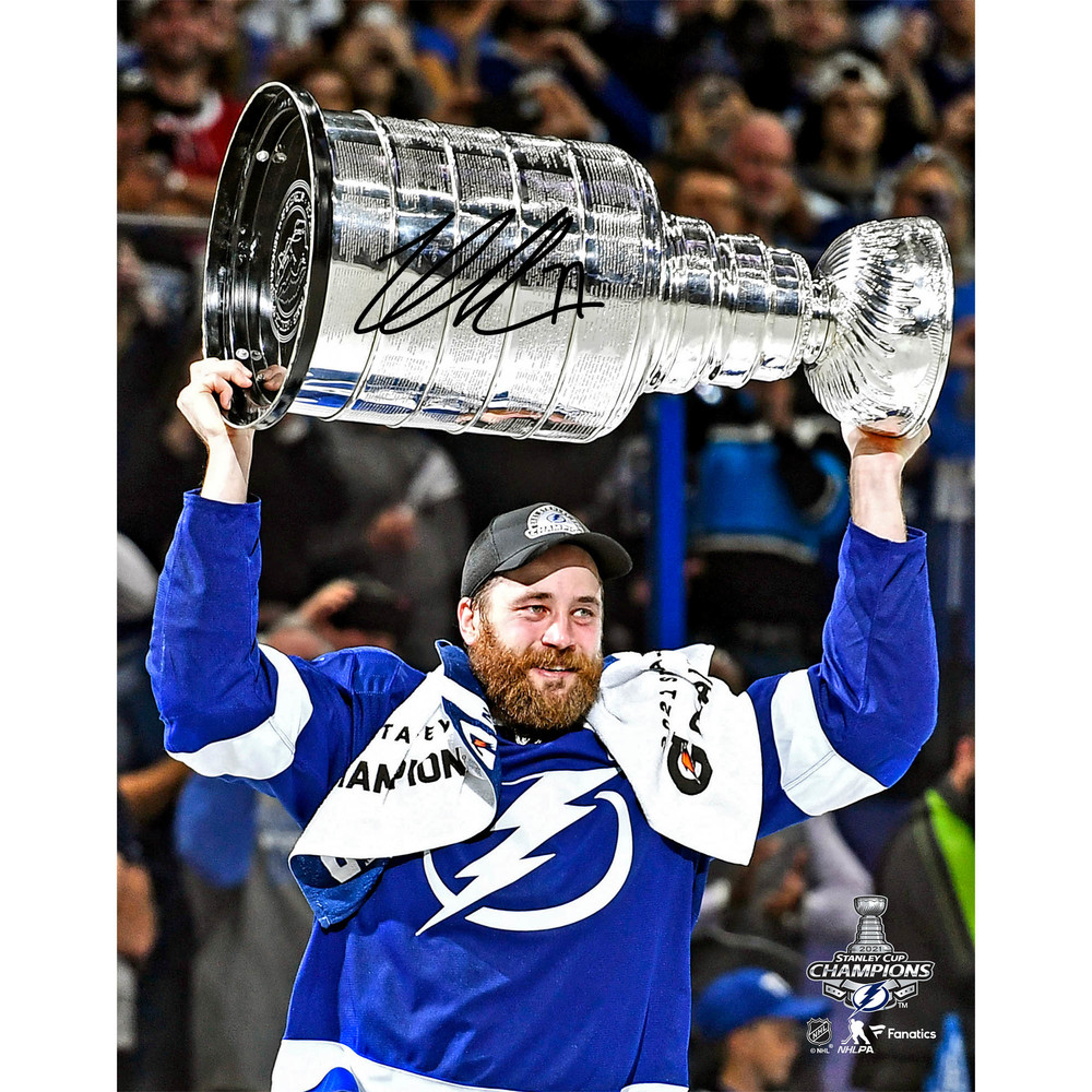 Victor Hedman Tampa Bay Lightning 2021 Stanley Cup Champions Autographed 11