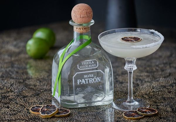 Clickable image to visit Private Margarita MasterClass at Ella Canta including Dinner for Two, InterContinental London Park Lane