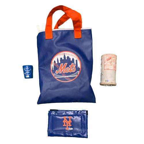 Photo of Mets On Deck Circle Bag - #21 - 2020 Season - Includes Bat Weight, Pine Tar Rag