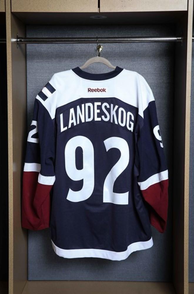 landeskog third jersey